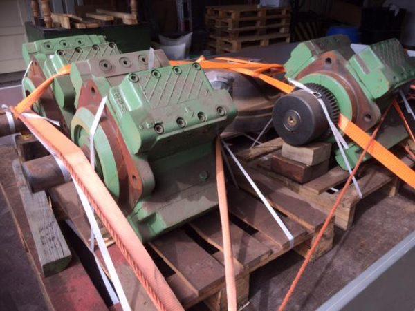 poclain hydraulics hydraulic pump